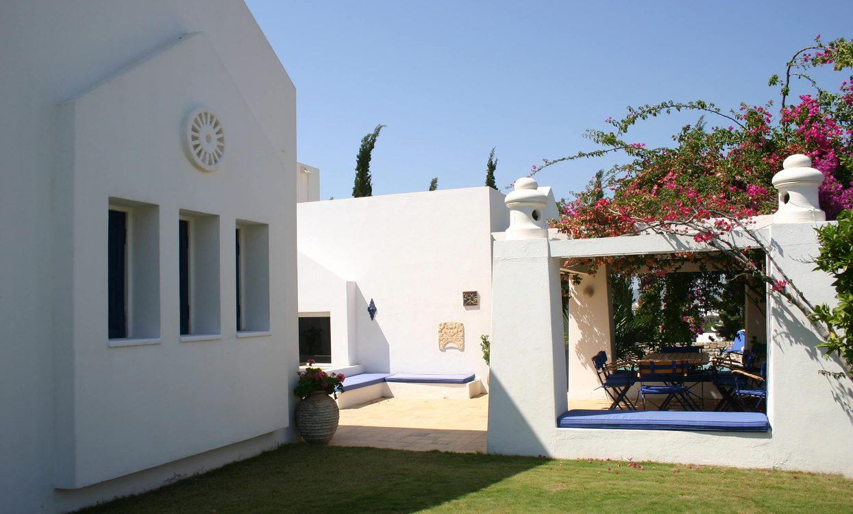 kangotan-villa-2